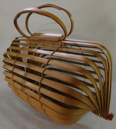 CHICKEN CARRIER FROM TAIWAN