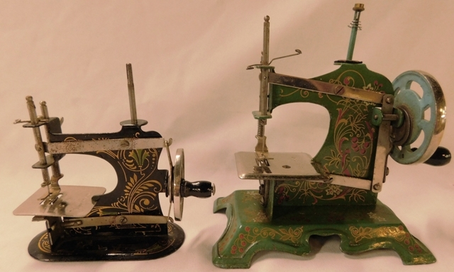 "CASIGE ""OUR PET"" TINY MINIATURE SEWING MACHINE + MUELLER MODEL #5"