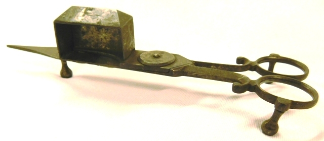 EARLY CANDLE SNUFFER/WICK TRIMMER