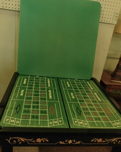 #4~ITALIAN SORRENTO MARQUETRY GAME TABLE