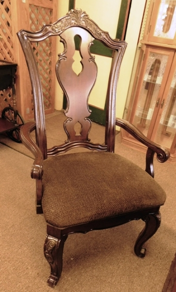 SET 6 DINING CHAIRS (2-ARMS, 4-SIDES), PIERCED BACK REST SLATS, UPHOL. SEATS