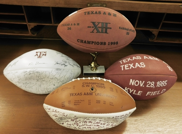 A&M SIGNED FOOTBALLS (1985, 1998, 2000)
