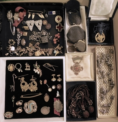 BOX ~ COSTUME JEWELRY