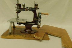 """ESSEX"" TOY SEWING MACHINE W/REMOVABLE WOOD EXTENSION BASE"