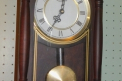 VOLLMAND BATTERY OPERATED WALL CLOCK