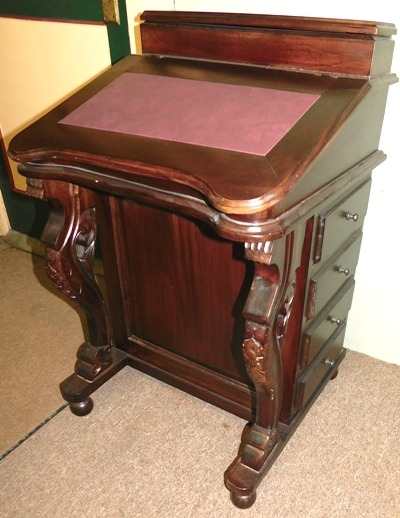 SHIP'S CAPTAIN'S DAVENPORT DESK