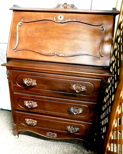MAHOGANY DROP FRONT WRITING DESK, 3 DRAWERS BELOW