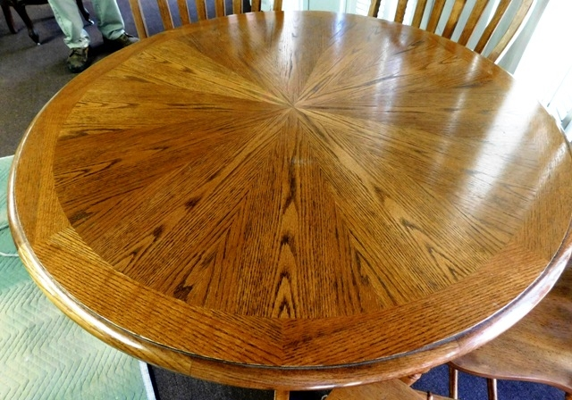 "#2~42"" ROUND OAK DINING TABLE + 4 BOW-BACK SIDE CHAIRS"