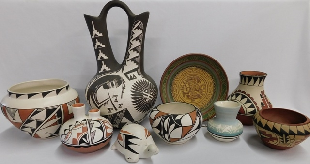COLLECTION MEXICO POTTERY