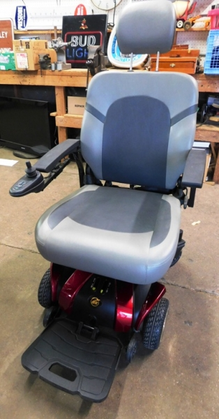 GOLDEN MOTORIZED POWER CHAIR~No Battery or Accessories