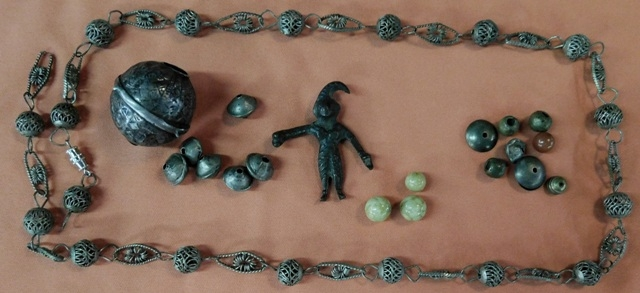 MOROCCAN-TIBETAN NECKLACE & FINDINGS
