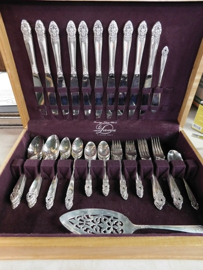 PRESTIGE PLATE SILVERPLATE FLATWARE IN ORIG. CASE