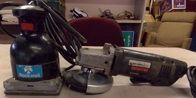 B&D ANGLE GRINDER _ ROCKWELL SPEED BLOC