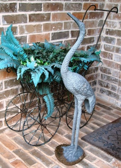 EGRET & METAL BABY CARRIAGE YARD ORNAMENTS