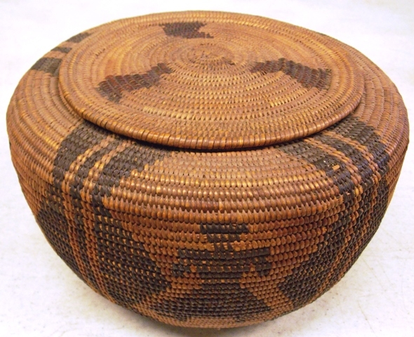 APACHE BASKET WITH  LID