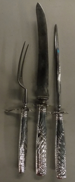 EARLY SILVERPLATE CARVING SET