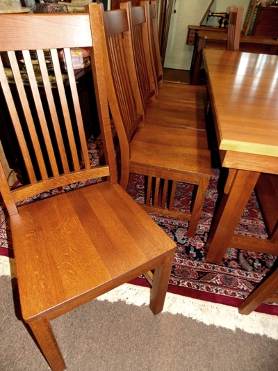 VIEW 2~ OAK MISSION STYLE DINING TABLE & CHAIRS