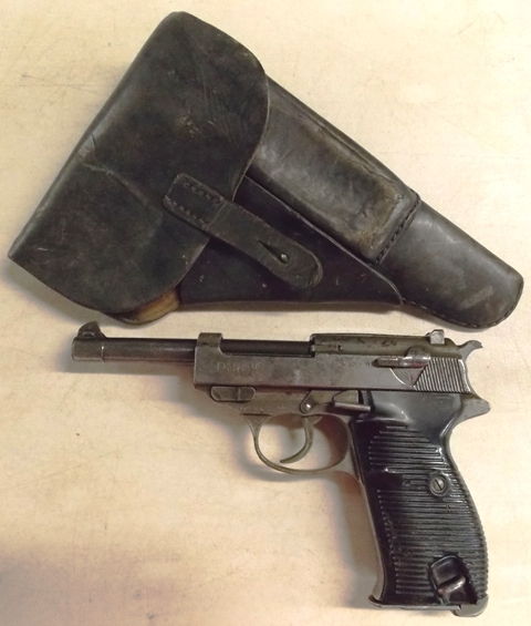 WALTHER P38, 9 MM NAZI PISTOL & HOLSTER-228/16