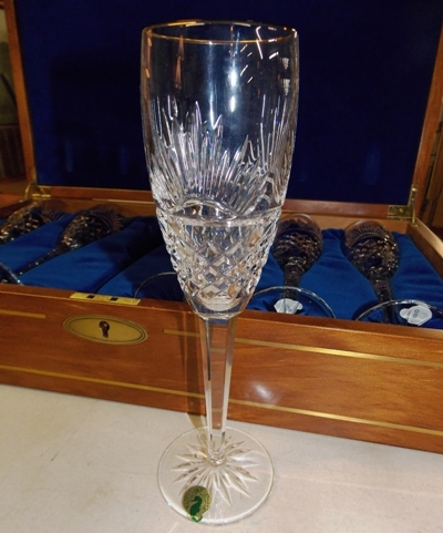 """#3~""""FIRST LIGHT"""" 3rd MILLENIAM COMMERATIVE CHAMPAGNES IN BOX"""
