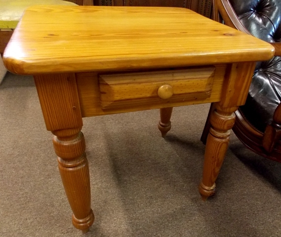 SOLID PINE SQUARE SIDE TABLE WITH..