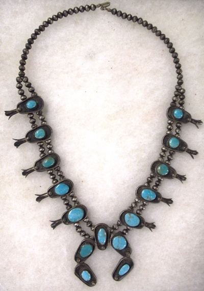 NAVAHO SQUASH BLOSSON NECKLACE, EARLY 1900'S