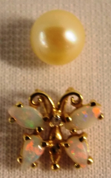BUTTERFLY PENDANT with OPAL & DIAMOND STONES +