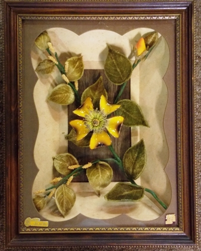 SHADOW BOX MID-CENTURY FLORAL