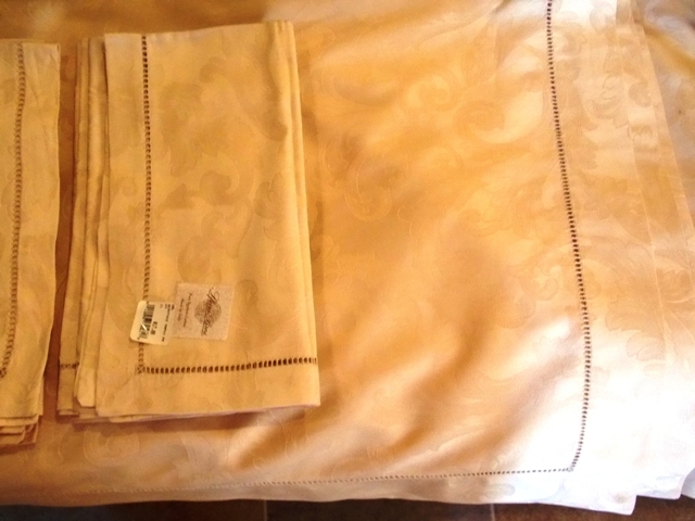 LFERRA BROS. PURE EGYPTIAN COTTON, MADE IN....