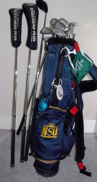 GOLF BAG WITH STEELHEAD IRONS, ODYSEY #1 PUTTER...