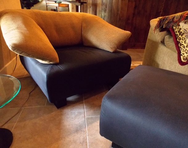 VIEW 2~LINGNE-ROSET-FRANCE 1980'S CHAIR & OTTOMAN