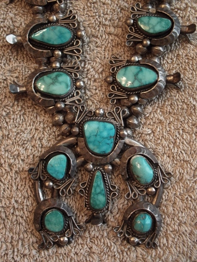View 3~VINTAGE SQUASH BLOSSOM NECKLACE, UNSIGNED