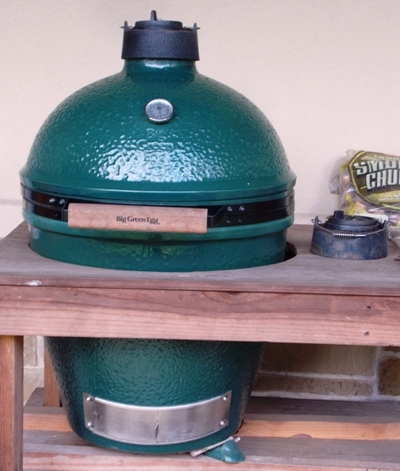 VIEW 2~BIG GREEN EGG SMOKER WITH REDWOOD STAND