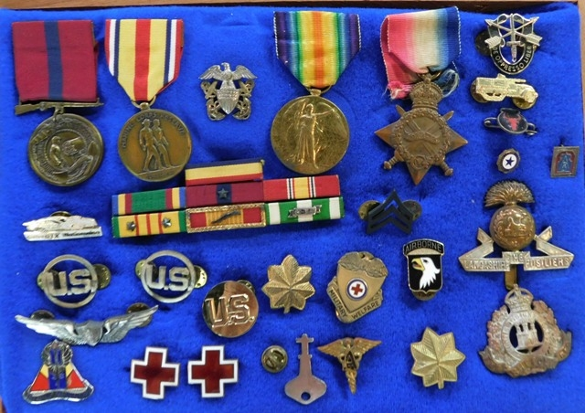 COLLECTION~ AMERICAN MEDALS/RIBBONS & PINS