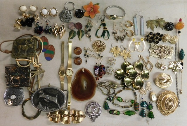 COLLECTION-COSTUME JEWELRY