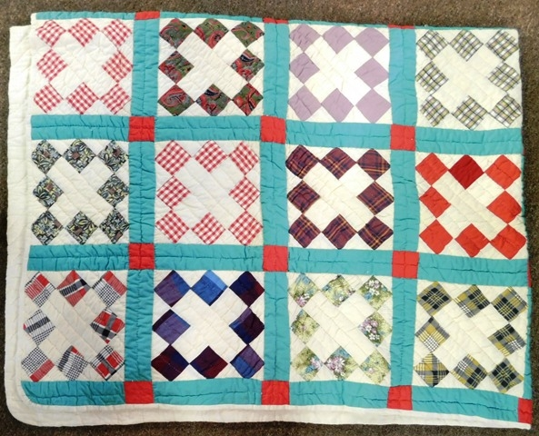 HANDMADE QUILT, DIAMONDS IN BLOCKS