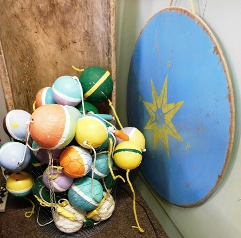 "BASKET OF STRYOFOAM FISHING FLOATS/SLIP BOBBERS + 35"" BOARD W/COMPASS DECOR"