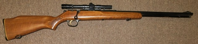 View 2~MARLIN 22 CAL. RIFLE W/SCOPE, BOLT ACTION, MIDEL 783