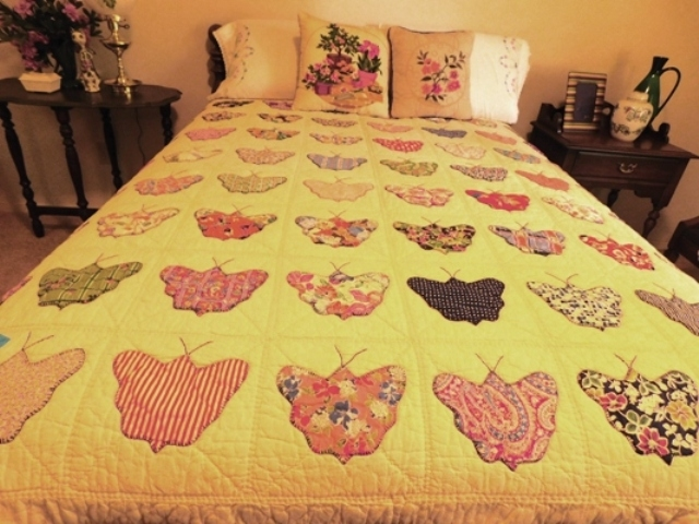 "HANDMADE ""BUTTERFLY"" QUILT, APX. 73X72"" - 58"