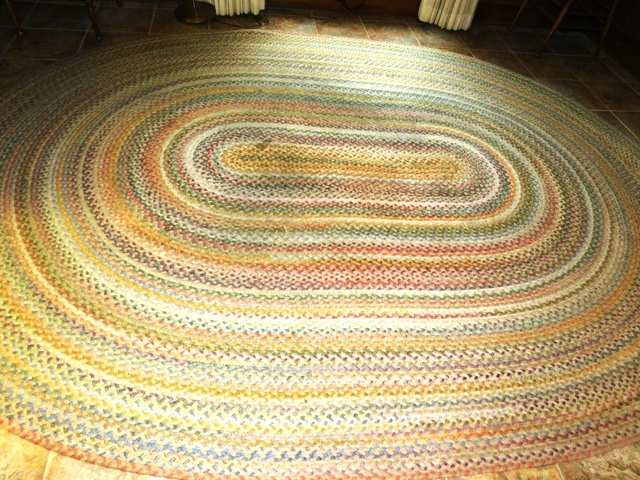 OVAL BRAIDED AREA RUG